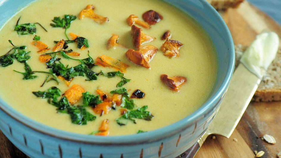 Zupa krem z kurek z serkiem topionym