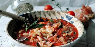Ribollita – toskańska zupa z fasoli