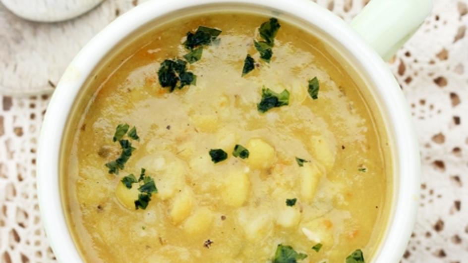 Zupa grochowa z łuskanego grochu