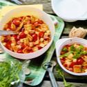 Salata cu ravioli, rosii si mozzarella