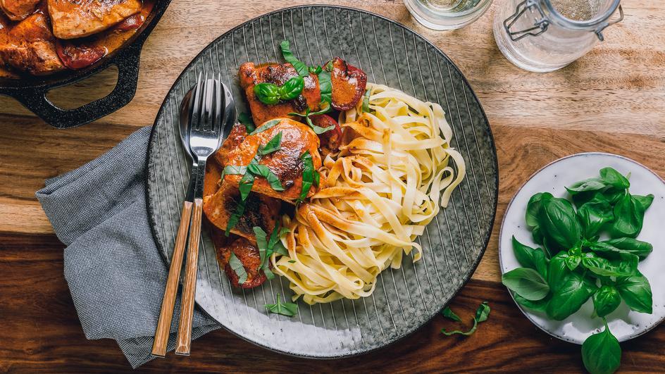 Hähnchen in cremiger Parmesan-Sauce