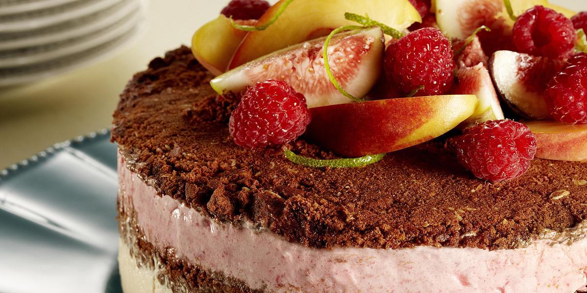 torta-frutas-sorvete-receitas-nestle