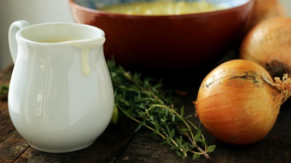 Zupa porowo-cebulowa z pulpecikami