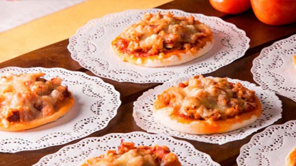 Mini Chicken Pizza