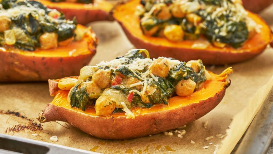 Gefüllte Ofen-Süßkartoffel