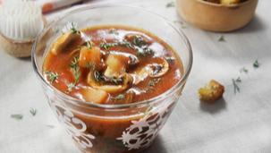 Гъбена супа с картофи и копър