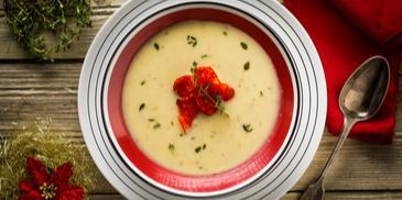 Σούπα πατάτας με πράσο και τσορίθο