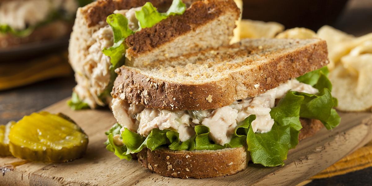 Sándwich de Atún y Vegetales