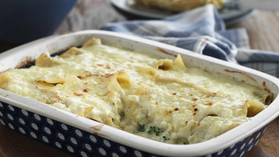 الكانيلوني الكريمي المحشو بجبنة التشادر والقرنبيط