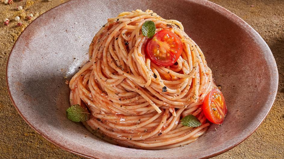 Creamy Tomato Carbonara