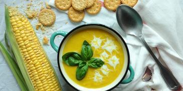 Zupa krem z kukurydzy – świeżej lub z puszki
