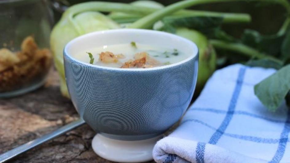 Przecierana zupa z kalarepy