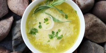 Zupa z pora z kiełbaskami na jesienne dni