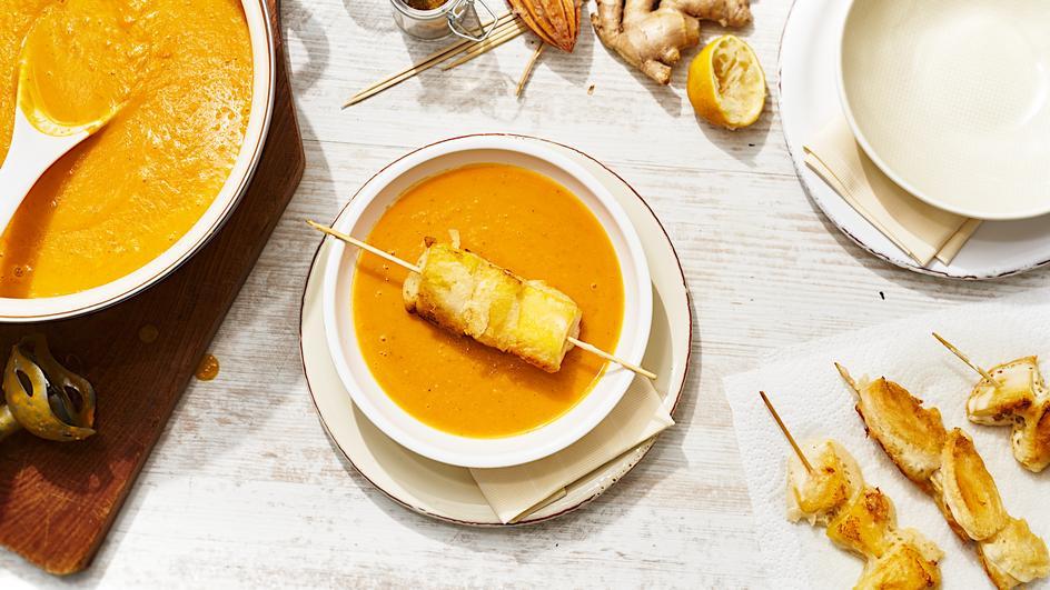 Kürbis-Süßkartoffelsuppe mit Mango-Tempura
