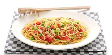 Spaghetti tomatensaus met surimi