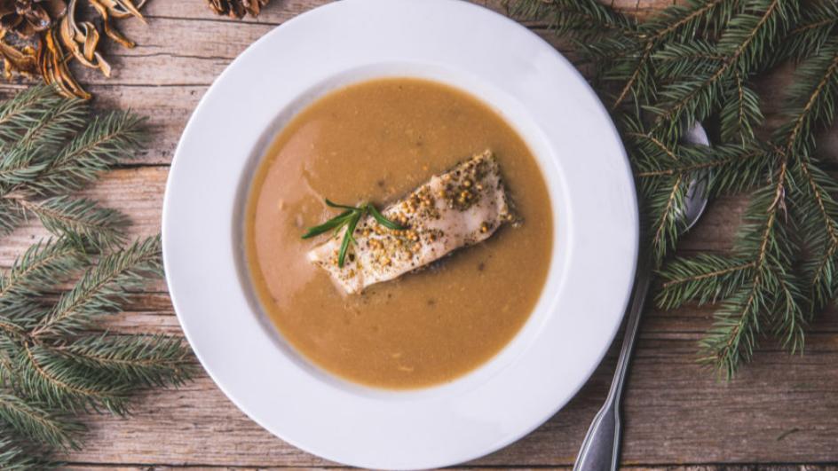 Zupa grzybowa wigilijna z karpiem