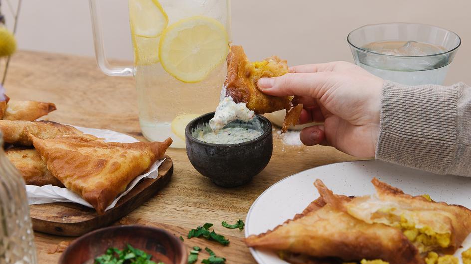Vegetarische Samosas mit Paneer