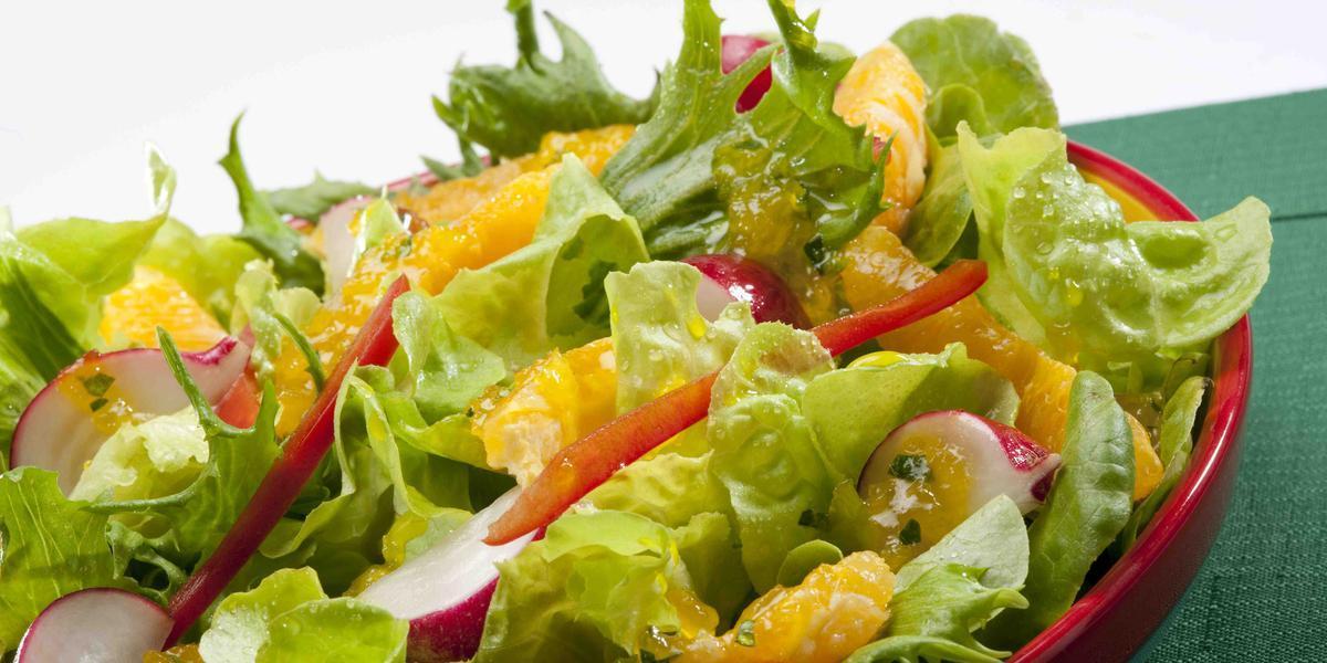 Deliciosa receta de ensalada con naranja
