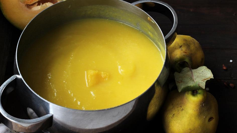 Zupa z dyni pieczonej z pigwą