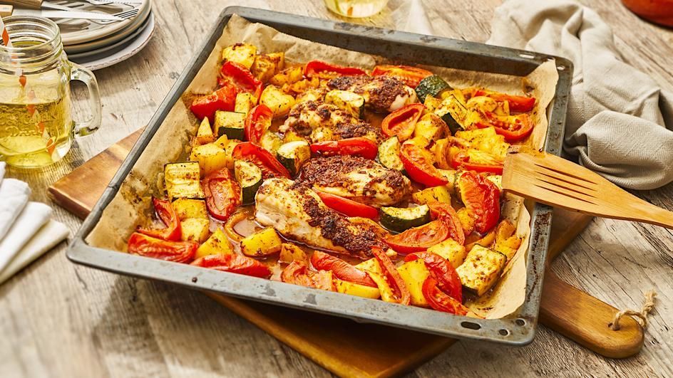 Hähnchen mit Gemüse und Kartoffeln