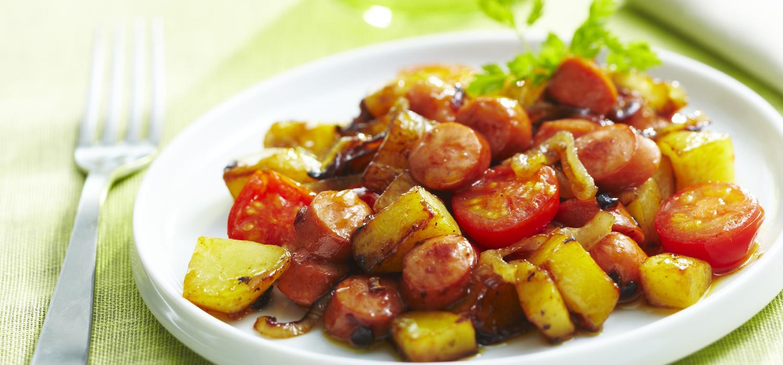KNACKI   Poêlée de pommes de terre aux saucisses Knacki
