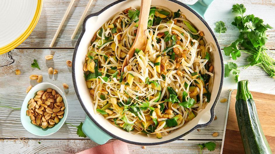 Nouilles sautées aux légumes verts à la thaï