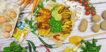 Pieczone ziemniaki w towarzystwie soczystego kurczaka na słodko-kwaśnym groszku zielonym