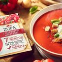 Zupa z czerwonymi warzywami WINIARY ze śmietanką̨ bazyliową i grzankami