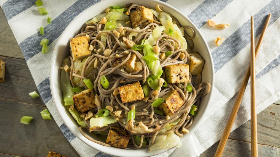 Noodles cu tofu si legume