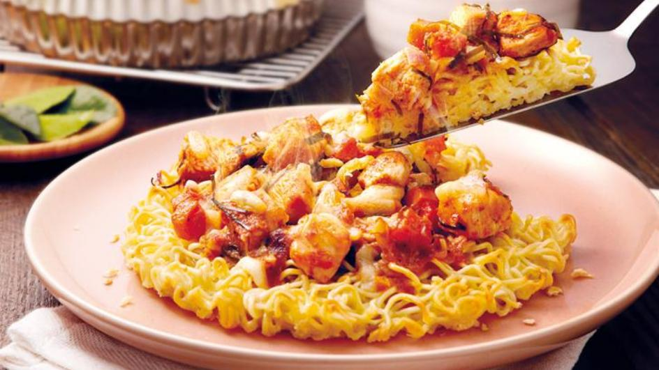Oven-Baked Cheesy Chicken Noodles