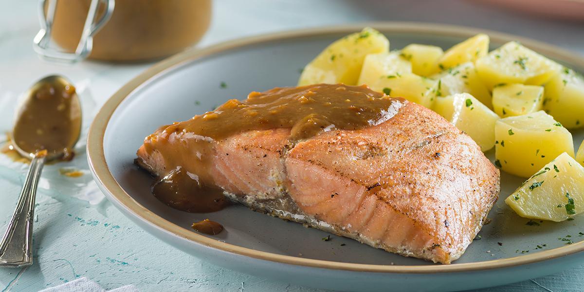 Salmon a la miel mostoza