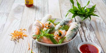 Chicken & Vegetable Rice Paper Rolls