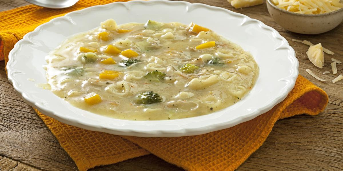 sopao-galinha-legumes-receitas-nestle