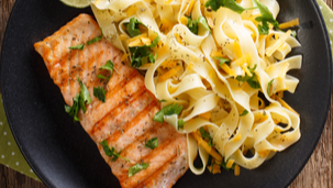 Паста со лосос во сос од лимета