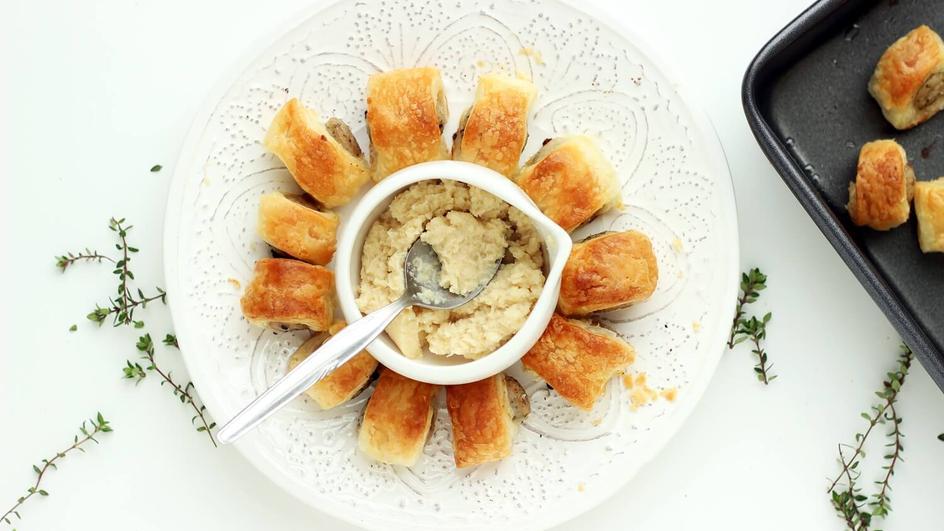 Białe kiełbaski w cieście francuskim do żurku i barszczu białego