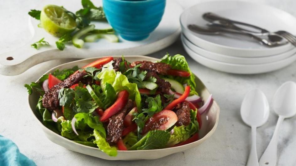 Speedy Thai Beef Salad