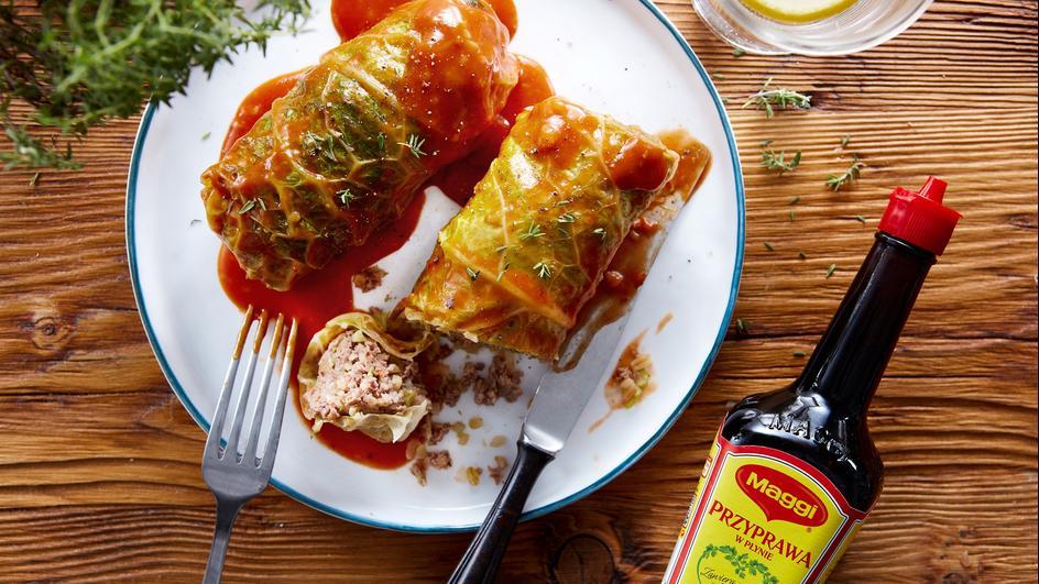 Gołąbki z kaszą bulgur i pomidorami