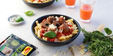 Jautienos kukuliai su alyvuogėmis ir pomidorų padažu