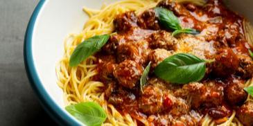 Mėsos kukuliai su spagečiais