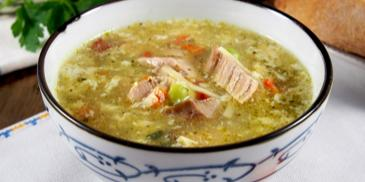 Зеленчукова супа с телешко месо и пресечена застройка