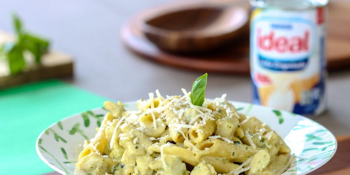 Pasta con Pollo en al Pesto