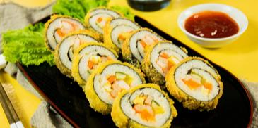 Kimbap Hải Sản Trứng Muối Chiên