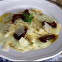 Спагети Карбонара с пармезан и сушени домати