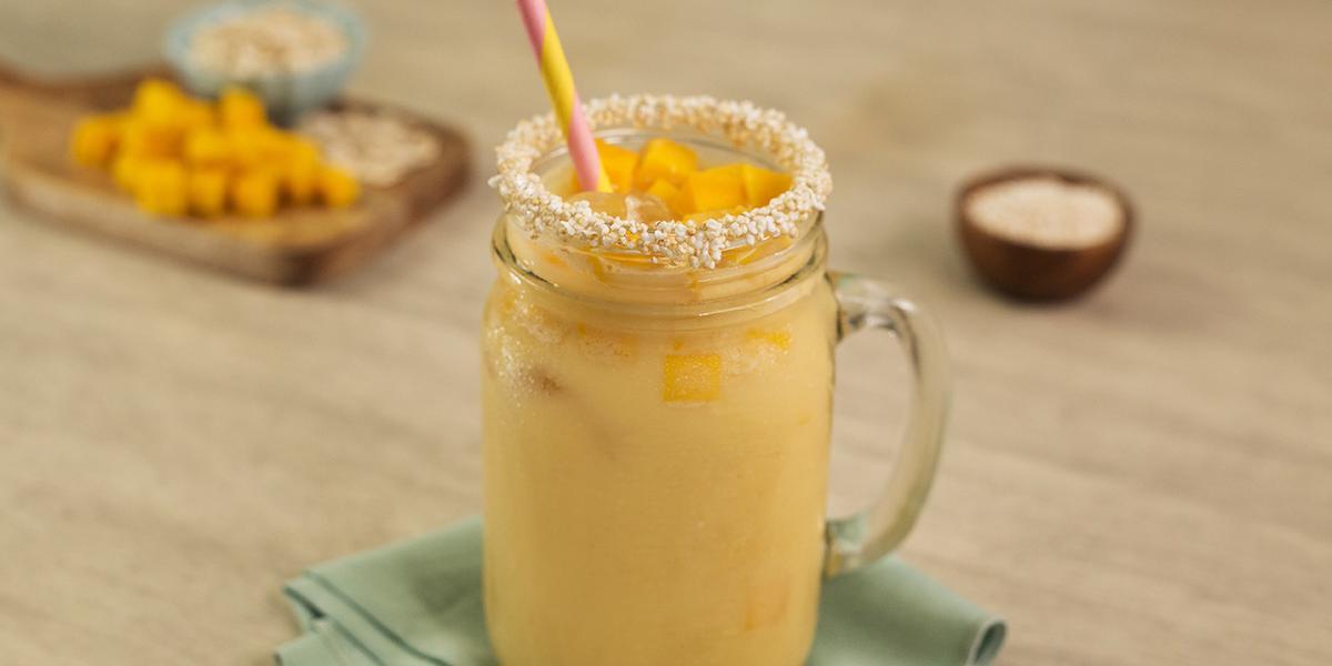 Agua de mango con avena