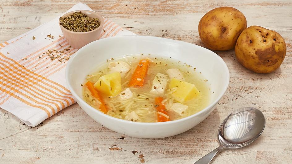 Supa de pui cu fidea