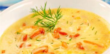 Zupa z kurkami i serem