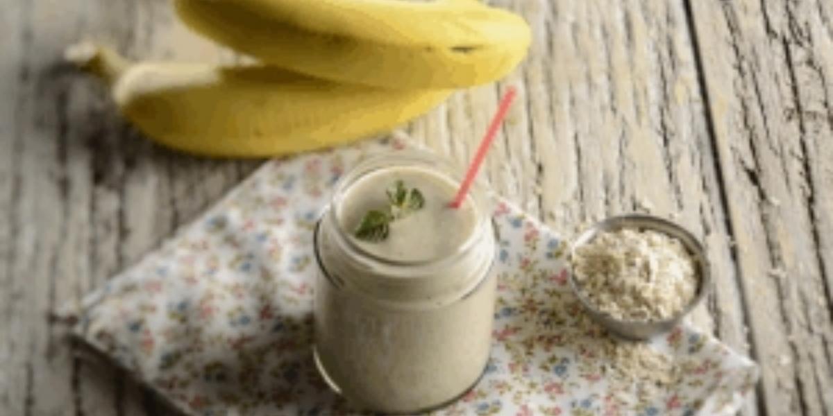 Batido de banana y avena