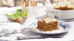 Lasagna cu sos Bechamel