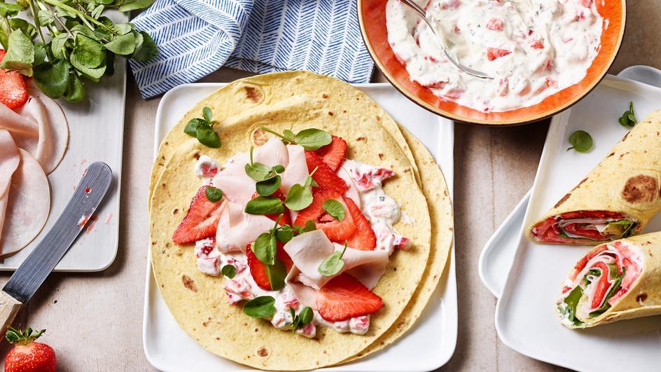 Putenwraps mit Erdbeer-Frischkäse