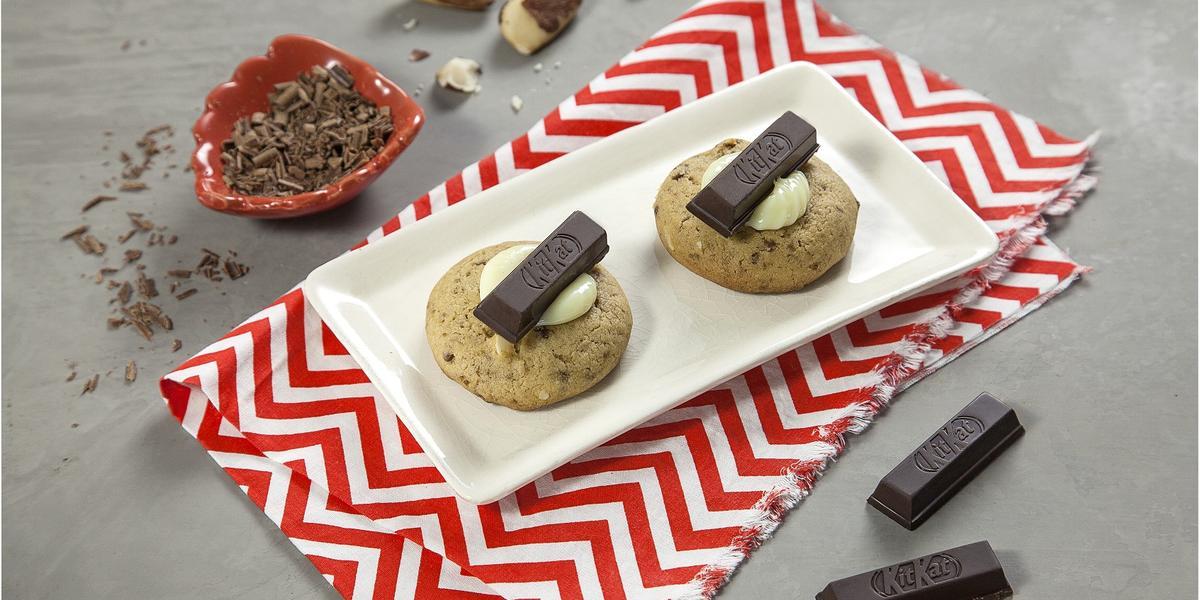 cookies-de-kitkat-dark-receitas-nestle